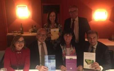 Notarios Mediadores de Catalunya con libros de Mediación publicados por la FEN