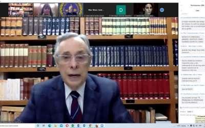 Not. Othon Perez Fernández del Castillo en el curso de Mediación Notarial